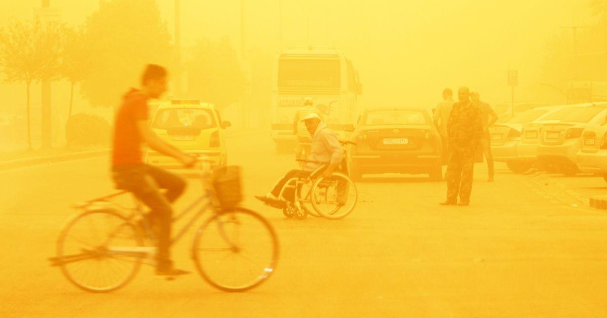 Масштабная песчаная буря в Сирии. 8 сентября значительная песчаная буря прокатилась частью Ближнего Востока: погибли два человека, сотни – госпитализированы. Тучи пыли поглотили Ливан, Сирию, Израиль, Иорданию, Палестину и Кипр @ Reuters