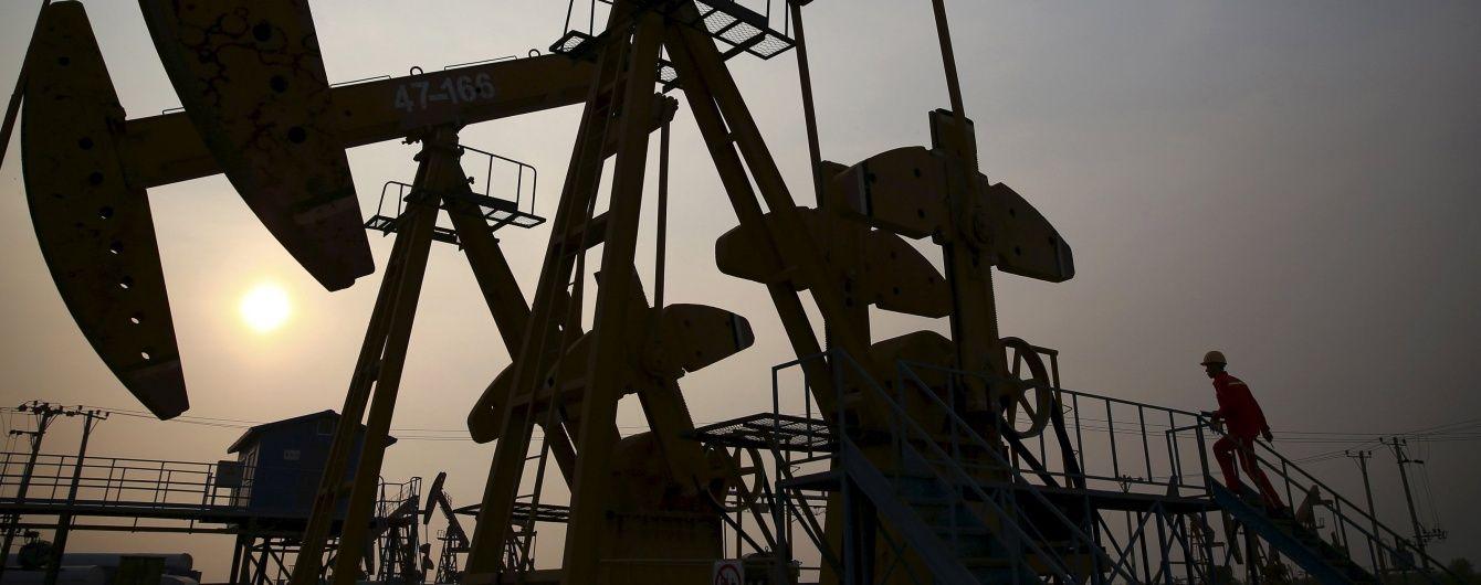 Ціни на нафту різко поповзли вгору, а потім знову відновили падіння