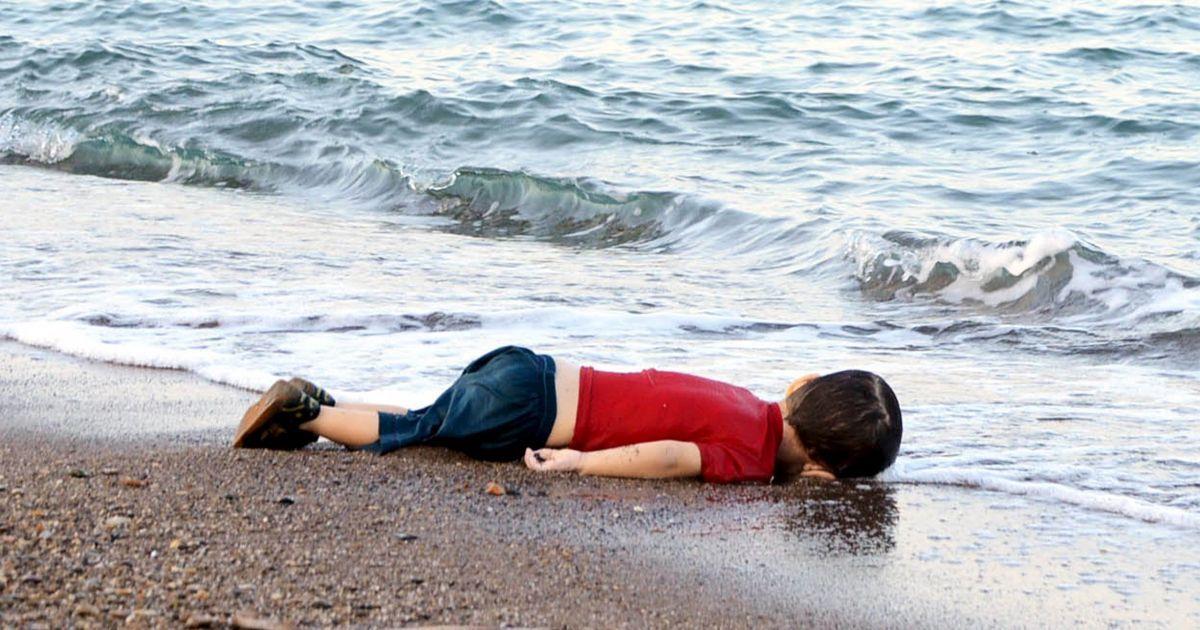Мальчик погиб, пытаясь сбежать на греческий остров @ Reuters