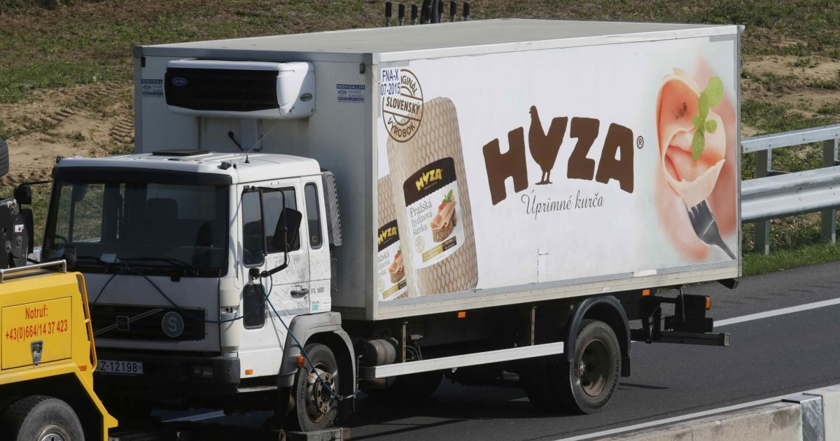 В грузовике погибли десятки человек @ Reuters