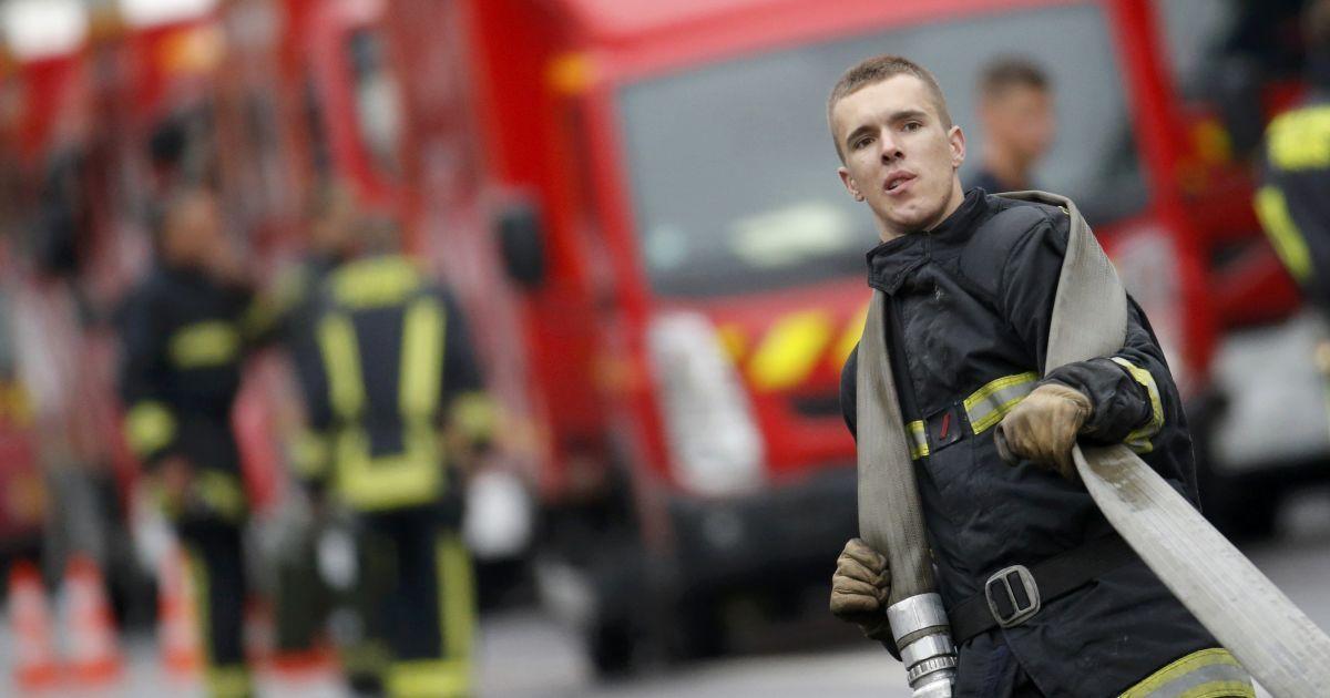 В исторической части Парижа вспыхнул ужасный пожар, есть погибшие