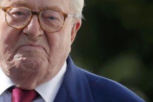 """Французские ультраправые лишили отца Ле Пен должности почетного председателя """"Национального фронта"""""""