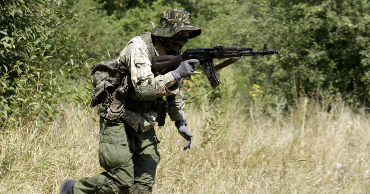 Ночью боевики в целом соблюдали перемирие, но стреляли по Опытному