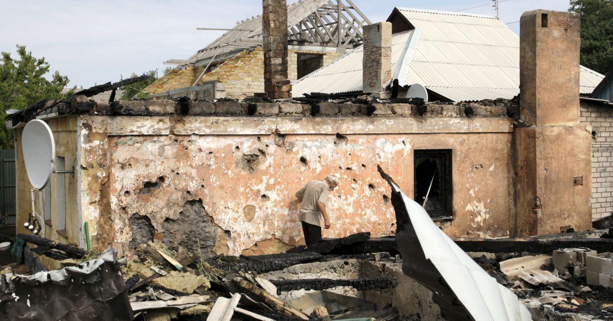 Вражеские обстрелы разрушили жилые дома