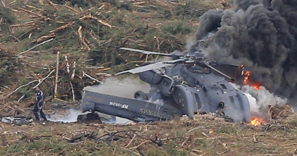 В Сети появились фото с места катастрофы российского Ми-28 под Рязанью @ Reuters