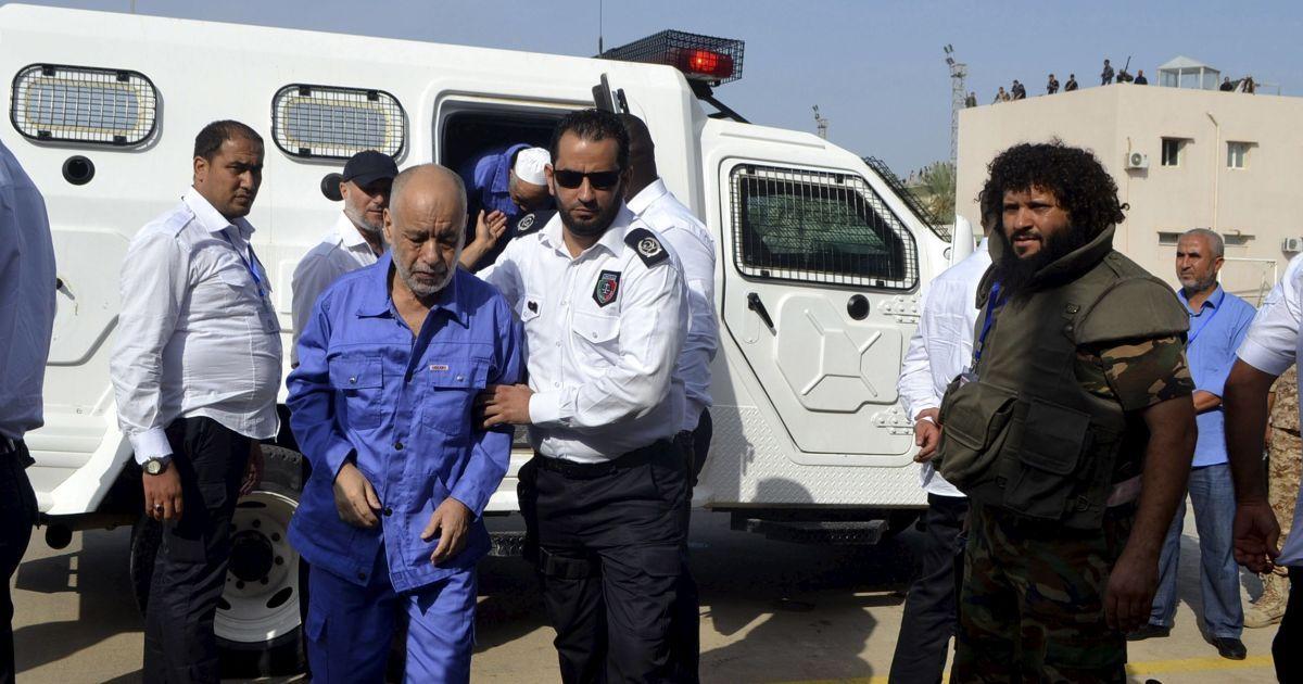 На колишнього прем'єр-міністра Лівія Аль-Багдаді аль-Махмуді також чекає смертна кара.