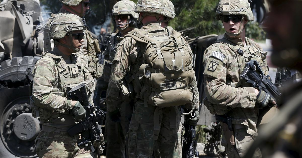 В НАТО уверяют, что не будут отправлять своих военных в Украину