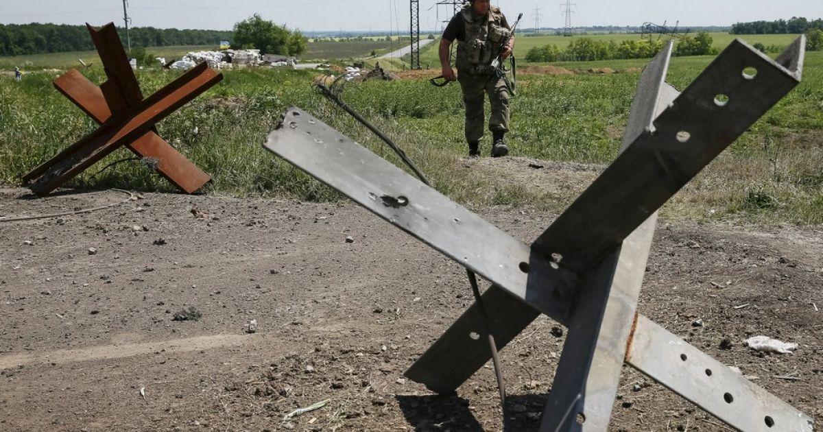 Боевики обстреляли опорный пункт сил АТО и ранили 4 военных