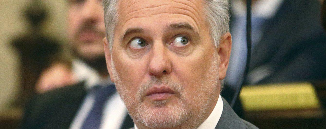МВД не собирается задерживать Фирташа в Украине
