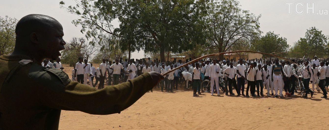 В Нигерии произошли массовые столкновения между мусульманами и христианами. Десятки погибших