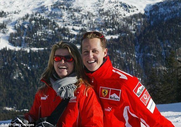 Міхаель Шумахер з дружиною