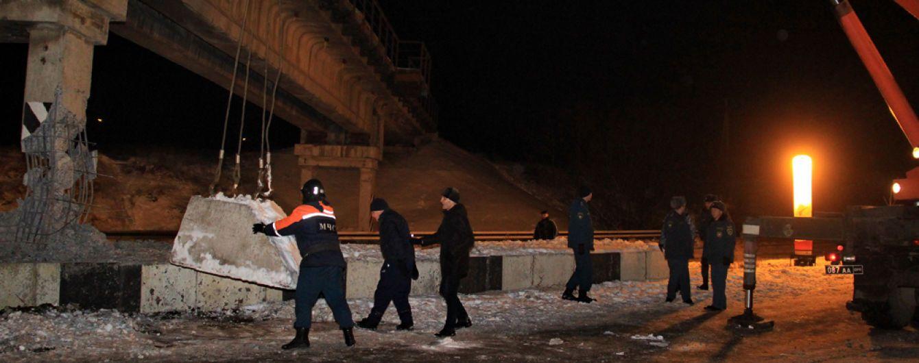 В оккупированном Донецке взорвали железнодорожный мост