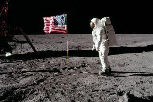 """ТСН Stories. """"Маленький шаг для человека, но гигантский скачок для человечества"""". 60 лет космических полетов"""