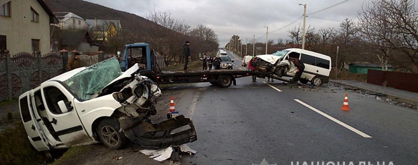 На Львівщині розбилися два Fiat: семеро постраждалих