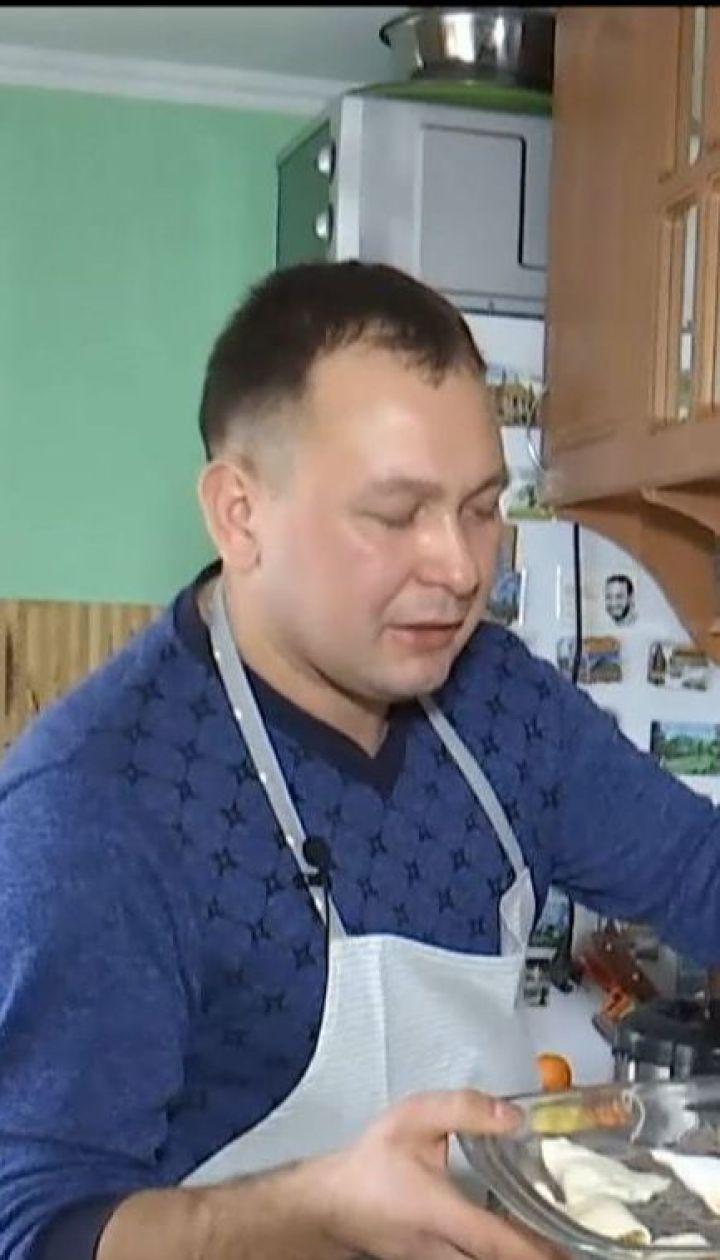 Сельский священник из Тернопольщины ведет собственный кулинарный видеоблог