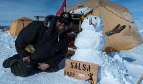 В Антарктиці під кілометром льоду вчені знайшли останки тварин та рослин