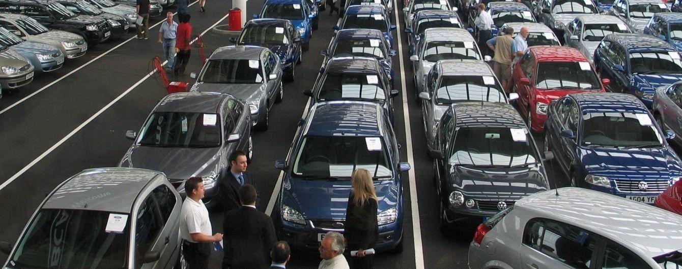 """Украинский рынок новых авто """"взорвался"""" в июле. Какие машины покупали больше всего"""