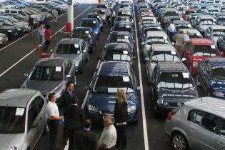 Выяснились лидеры рынка новых автомобилей в Украине за апрель. Рейтинг