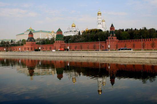 """У Кремлі не мають """"наміток"""" щодо програми саміту в """"нормандському форматі"""" у Парижі"""