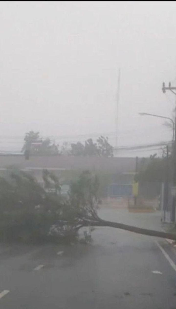 В Таиланде один человек погиб, еще один пропал без вести в результате мощного тайфуна
