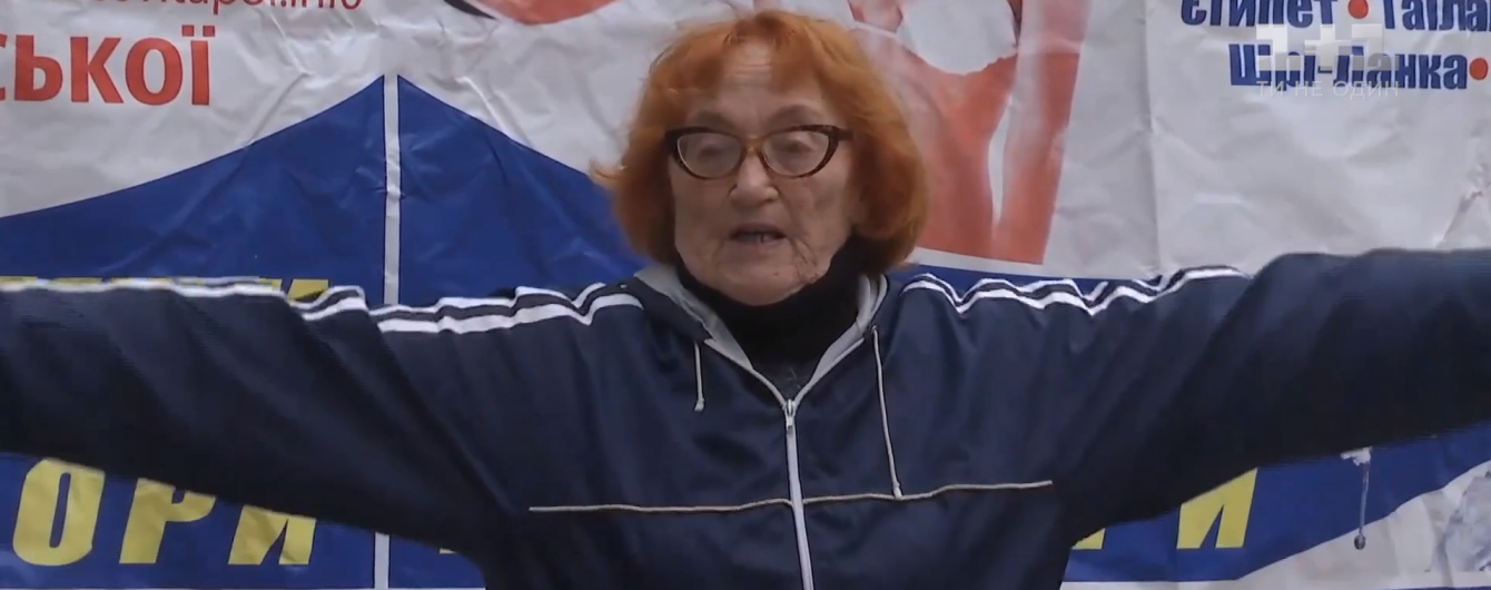 Благодаря сюжету ТСН 75-летняя спортсменка из Кропивницкого бесплатно получила новый кардиостимулятор