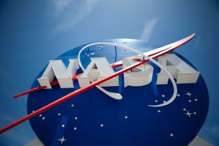 """В NASA окончательно отменили приглашение подсанкционного за аннексию Крыма главы """"Роскосмоса"""""""