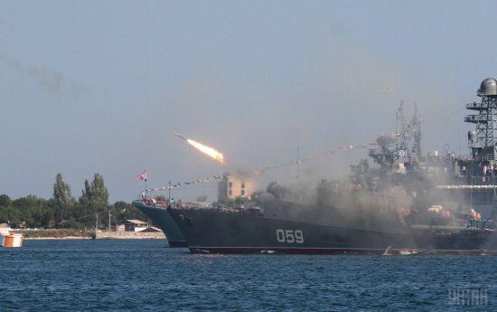Російські окупанти провели в Криму навчання з відпрацюванням ракетних ударів по морських цілях