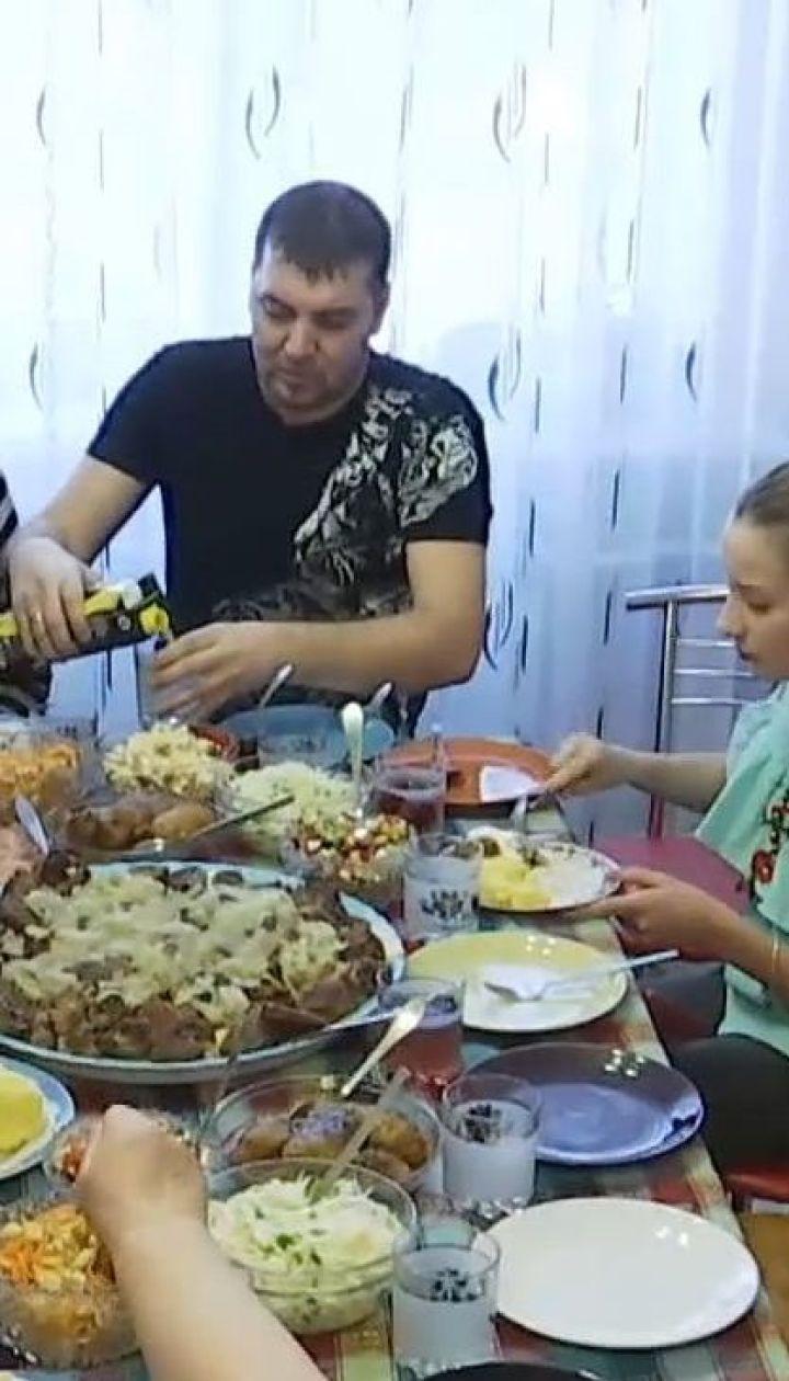 Вижити після застілля: як пережити новорічні свята та не стати жертвою святкового переїдання