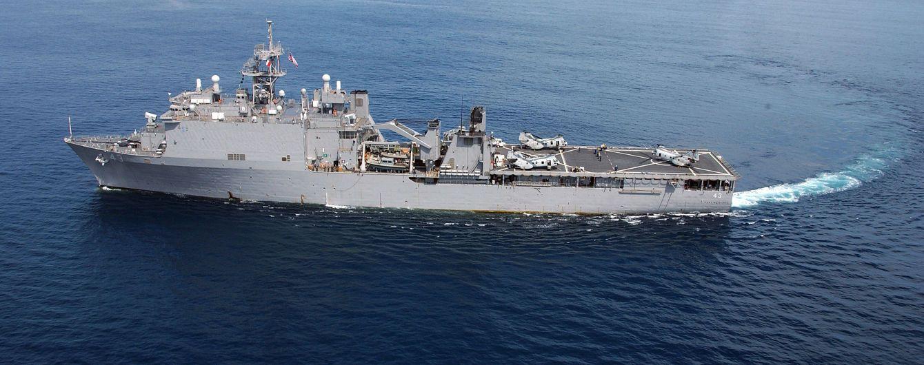 Военный корабль США проведет учения в Черном море