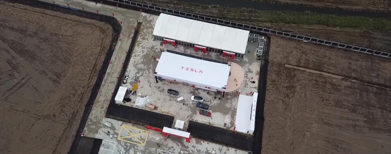 Завод Tesla в Шанхае показали на видео и раскрыли планы производства