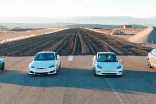 Запеклу драг-гонку усіх моделей Tesla зняли на відео