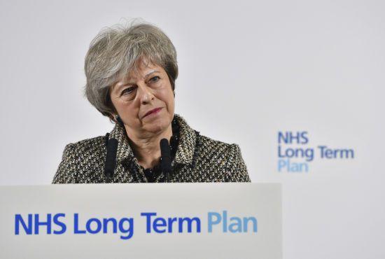 Мей відмовилася їхати на форум в Давос через Brexit