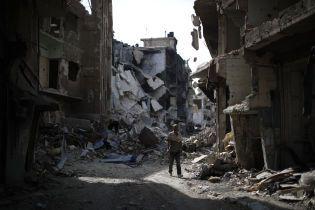 Более сотни тысяч гражданских и десятки тысяч детей. Количество погибших в Сирийской войне в инфографике
