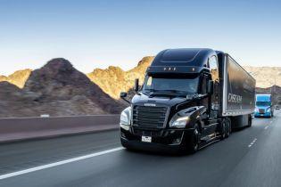 Daimler инвестирует 500 миллионов евро в беспилотные грузовики