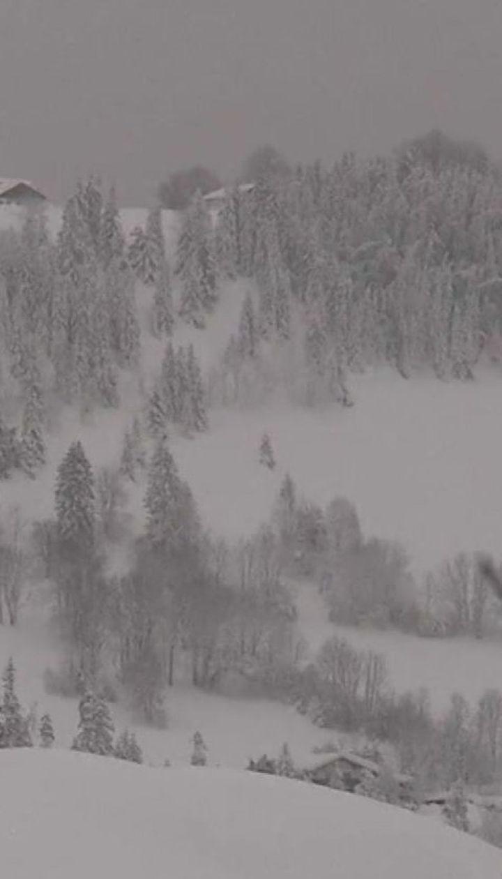 Через сильні снігопади та лавини в Альпах загинули 12 людей