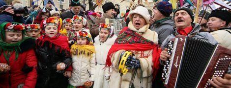 По улицам Львова прошлось яркое и громкое шествие звездарей