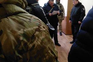 """В Одессе разоблачили начальника полиции, который систематически """"сдирал"""" деньги с предпринимателей"""