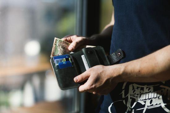 Валютна свобода: в НБУ розповіли, як українці відреагували на послаблення на валютному ринку