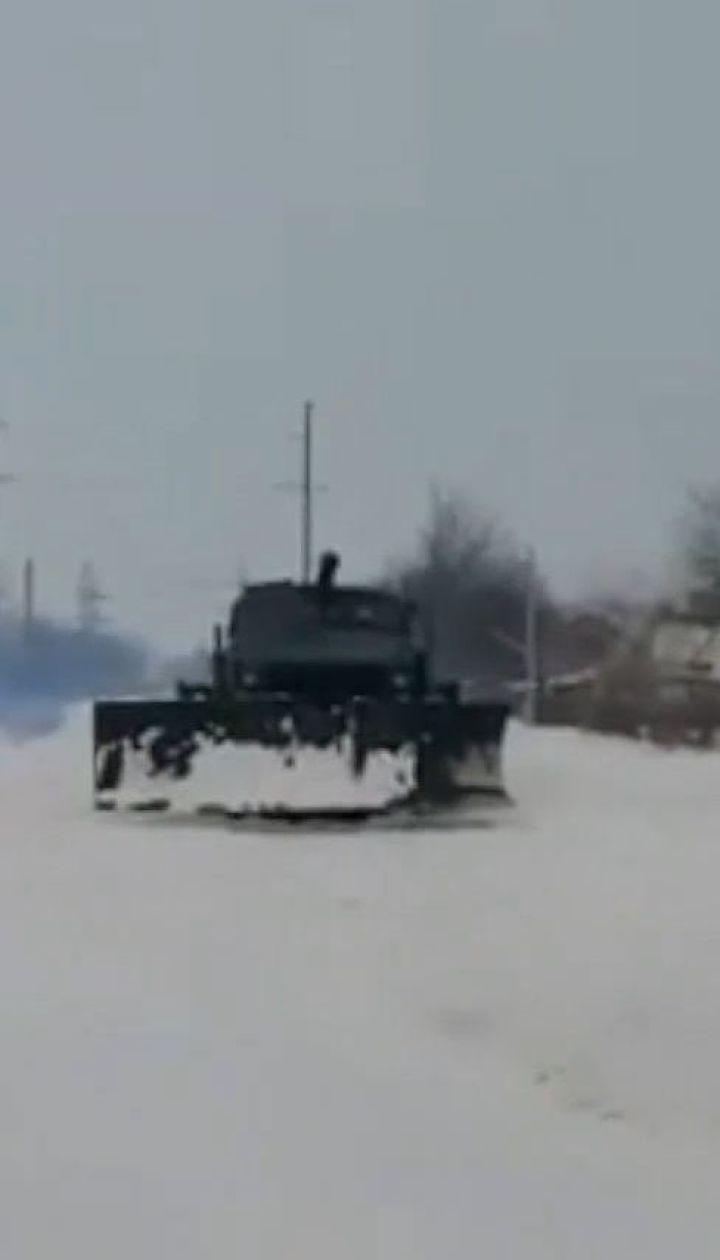 Снежная ловушка: все дороги Днепропетровщины и Запорожья проездные