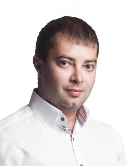 """""""Батьківщина"""" заявила про побиття депутата у Кривому Розі"""