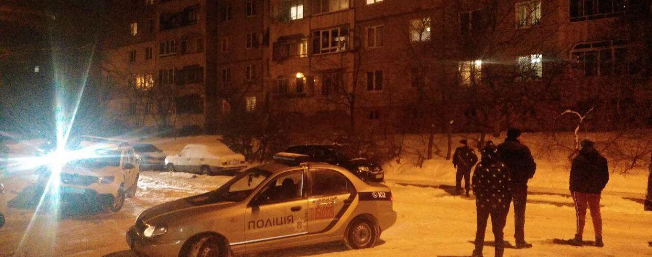 У Львові 16-річний школяр випав з вікна шостого поверху