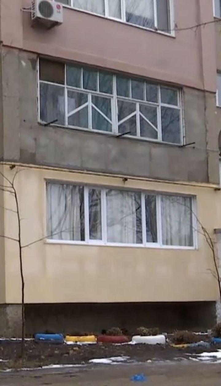 Загадкова трагедія: на Одещині чоловік задушив дружину і доньку, і вкоротив собі віку