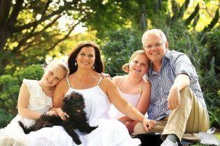 Дві лівих ноги: у Мережі сміються з невдалої обробки фото австралійського прем'єр-міністра