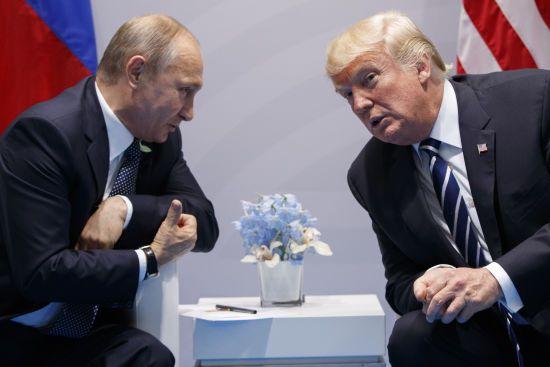 В Кремлі відреагували на наміри Трампа зустрітися з Путіним