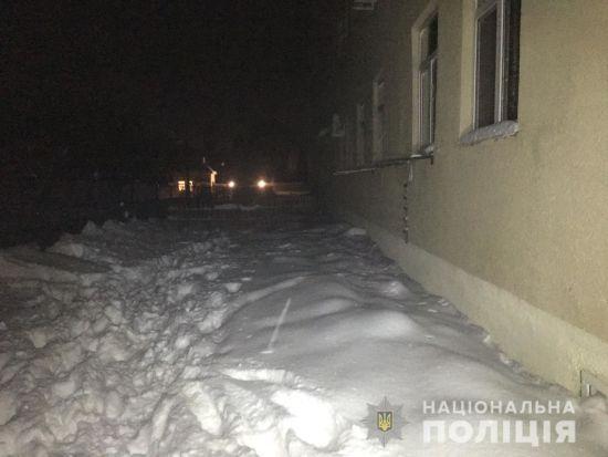 На Харківщині батько викинув дитину з вікна четвертого поверху