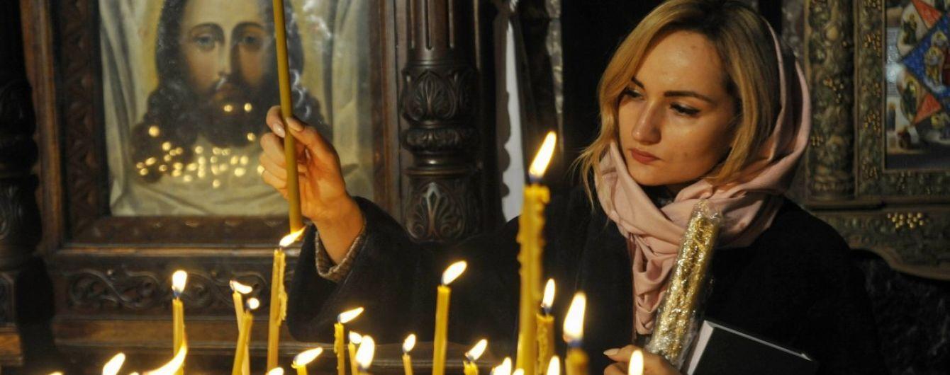 Прощание с Кириллом. Местные общины изобрели путь, как самостоятельно выйти из подчинения РПЦ