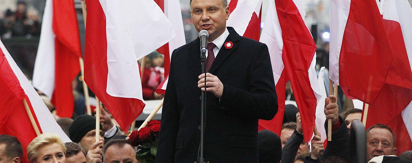 Надежда есть: президент Польши рассказал о состоянии раненого во время концерта мэра Гданьска