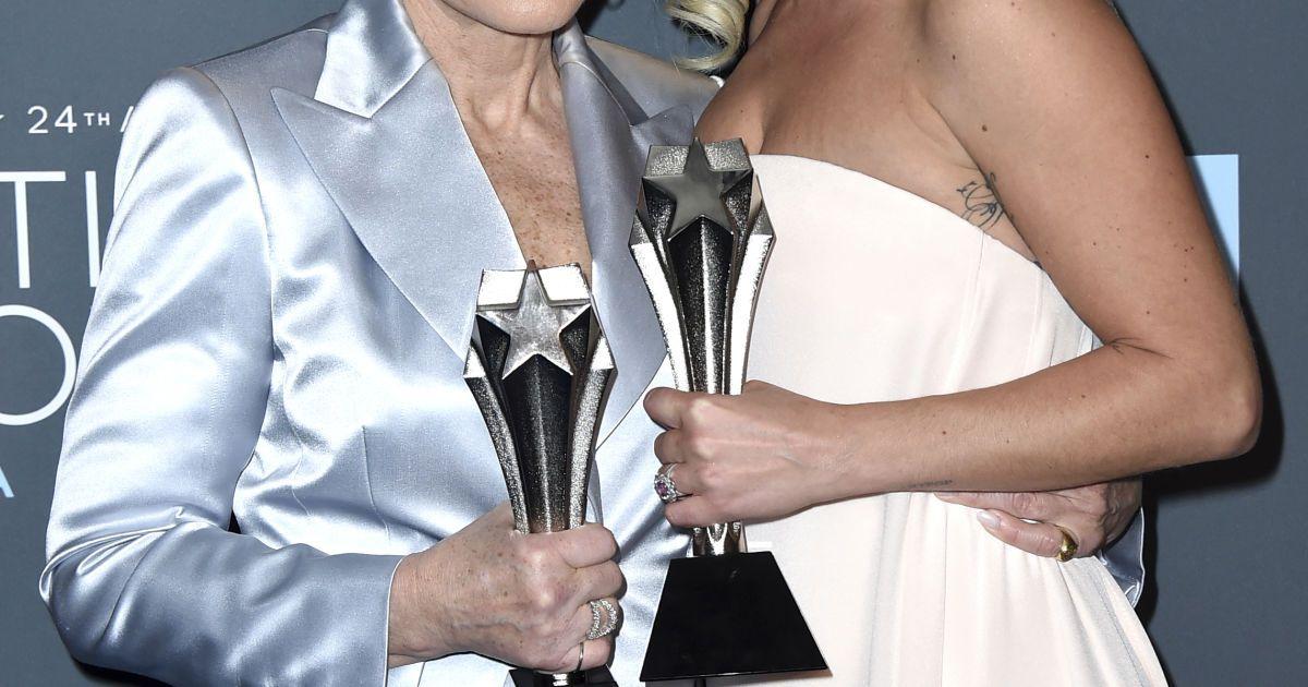 Леди Гага и Глен Клоуз @ Associated Press