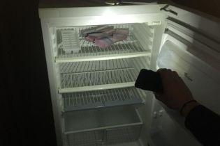 В холодильнике одного из руководителей Судебной администрации нашли взятку