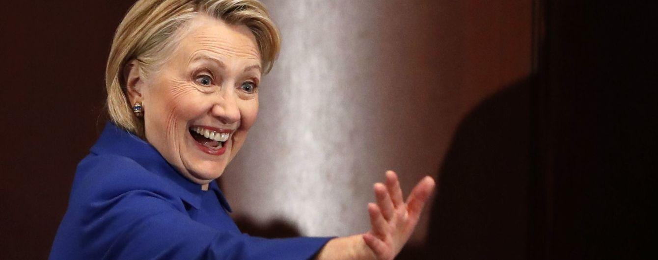 """""""Маріонетка"""". Клінтон висміяла останню заяву Трампа щодо Росії"""